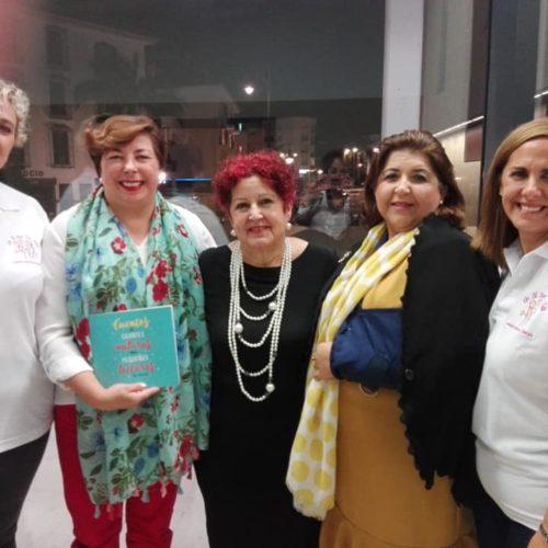 """Ana Luque Ruiz: """"Comprando mi libro hacemos dos labores, la de la educación y formación y la de la solidaridad"""""""